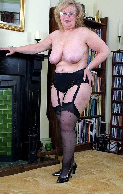 Sexy thick granny