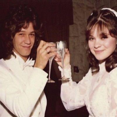 Today in 1981 eddie van halen married valerie bertinelli for Who is valerie bertinelli married to