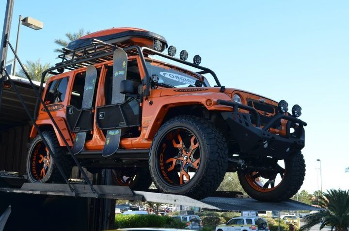 Jeep Wrangler Snowboard Roof Rack