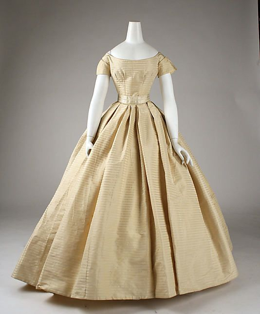 Vintage Wedding Dresses Nyc: 1859 Wedding Dress At The Metropolitan Museum Of Art, New