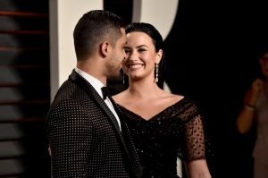 Demi and Wilmer arrive at the 2016 Vanity Fair Oscar Party