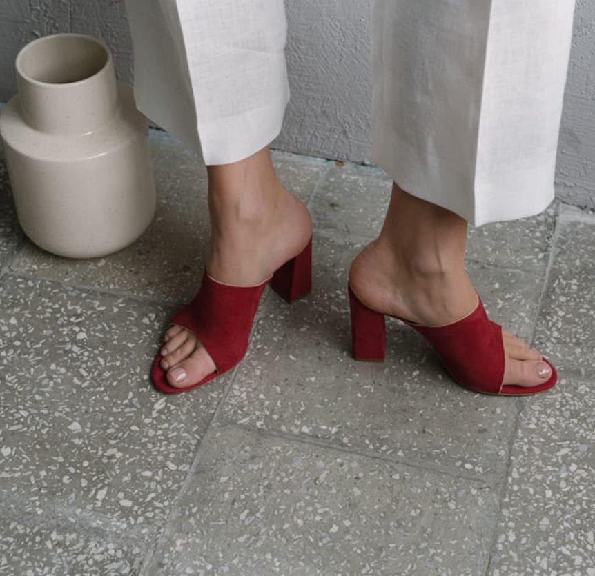 Strawberry Margarita Czyli Twoje Ulubione Klapki Na Lato Girls Shoes Heels Shoes
