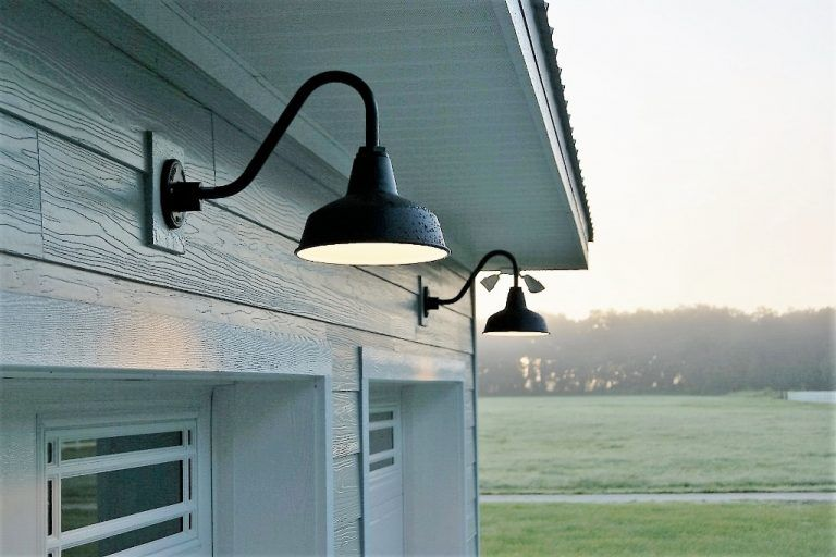 Exterior Barn Lights Offer Stylish Dark Sky Friendly Alternative Inspiration Exterior Barn Lights Barn Lighting Outdoor Garage Lights