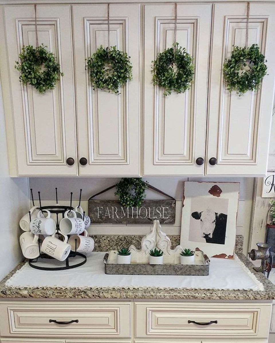 Rustic Farmhouse Kitchen Cabinets Makeover Ideas (23)