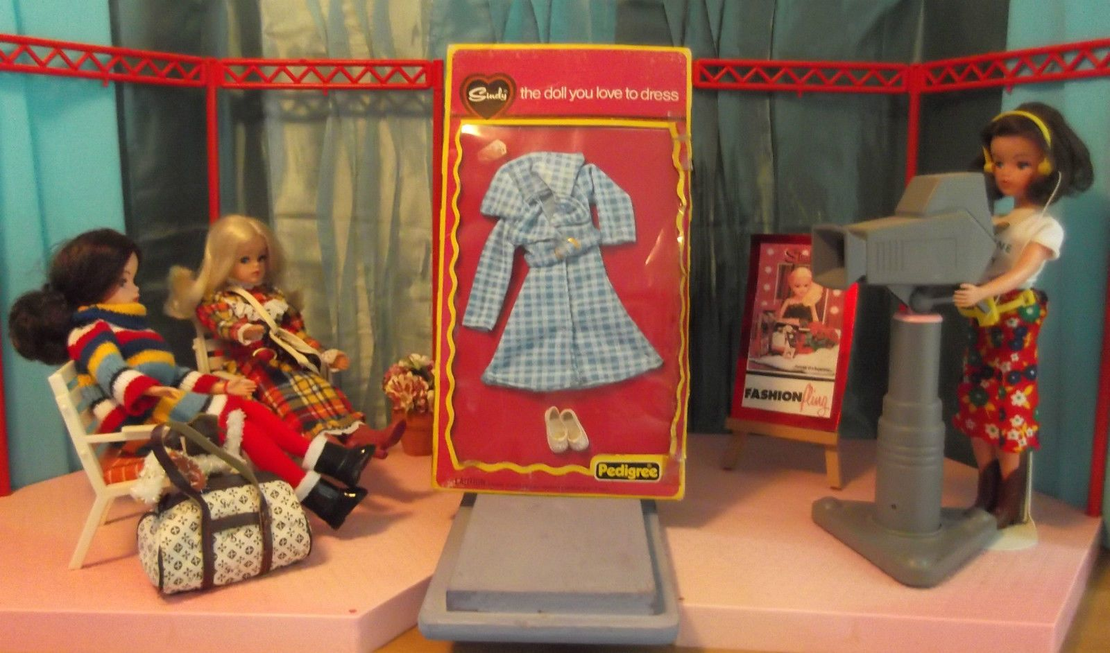 Fabulous Vintage Pedigree Sindy 1976 About Town Complete NRFB Outfit - 44257 | eBay