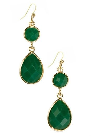 Love an emerald earring...