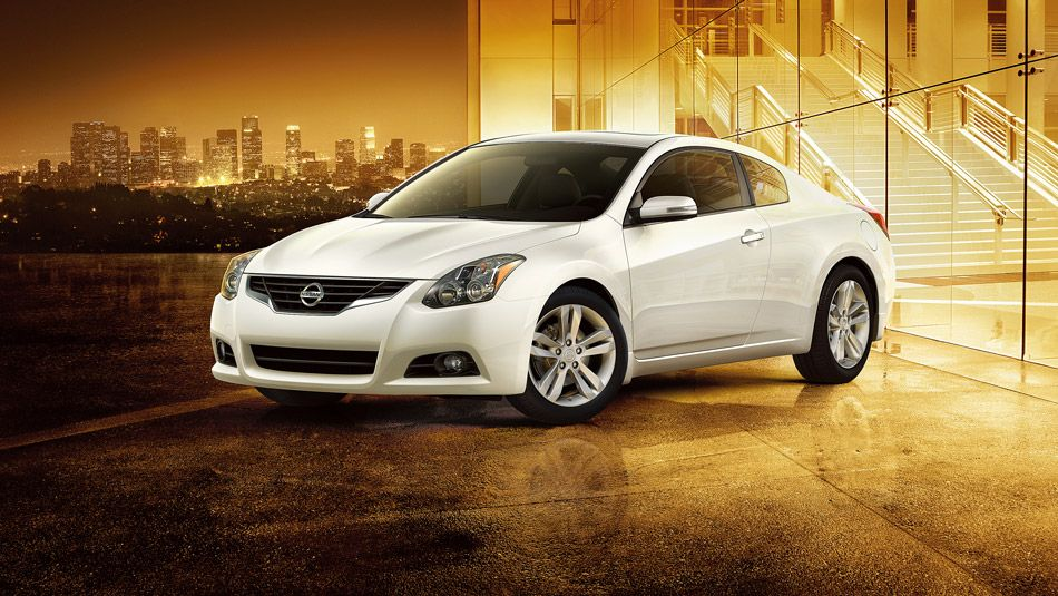 Nissan Altima Coupe In White With Images Nissan Altima Coupe Nissan Altima Sedan Cars