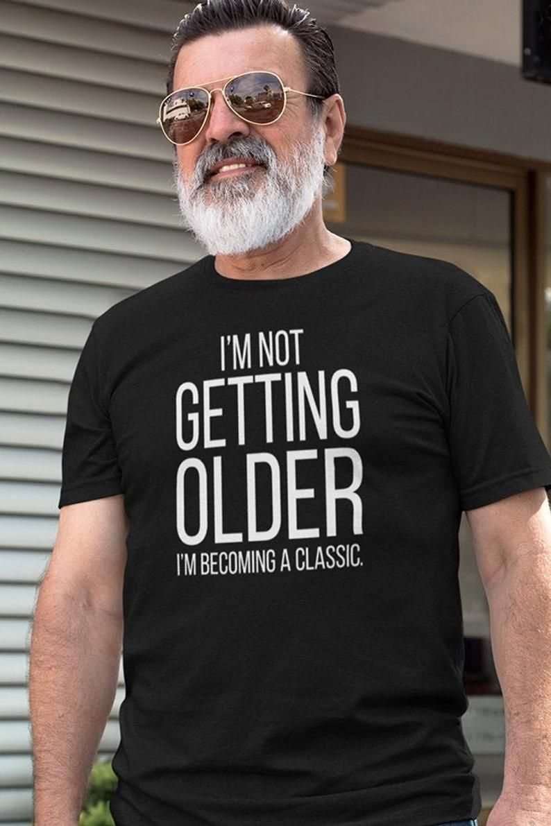 Gold Print New Grandpa Papa Xmas Gift First Christmas as a Grandad T-Shirt