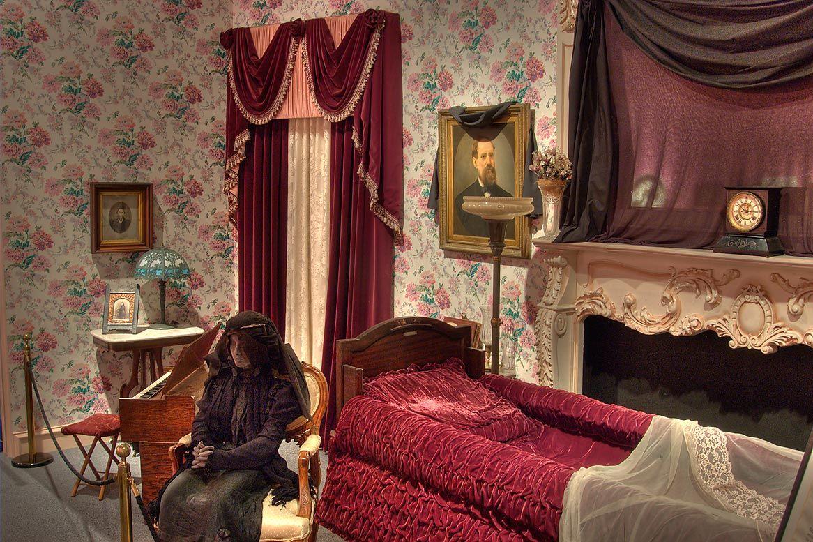 Victorian era interior - Victorian Parlor Photos Slideshow 709 24 Victorian Era Funeral Parlor In National Museum