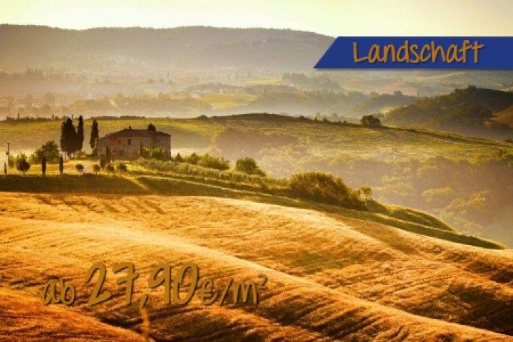 Toskana-Landschaft Mit Gutshaus Bei Sonnenuntergang Stockfoto ...
