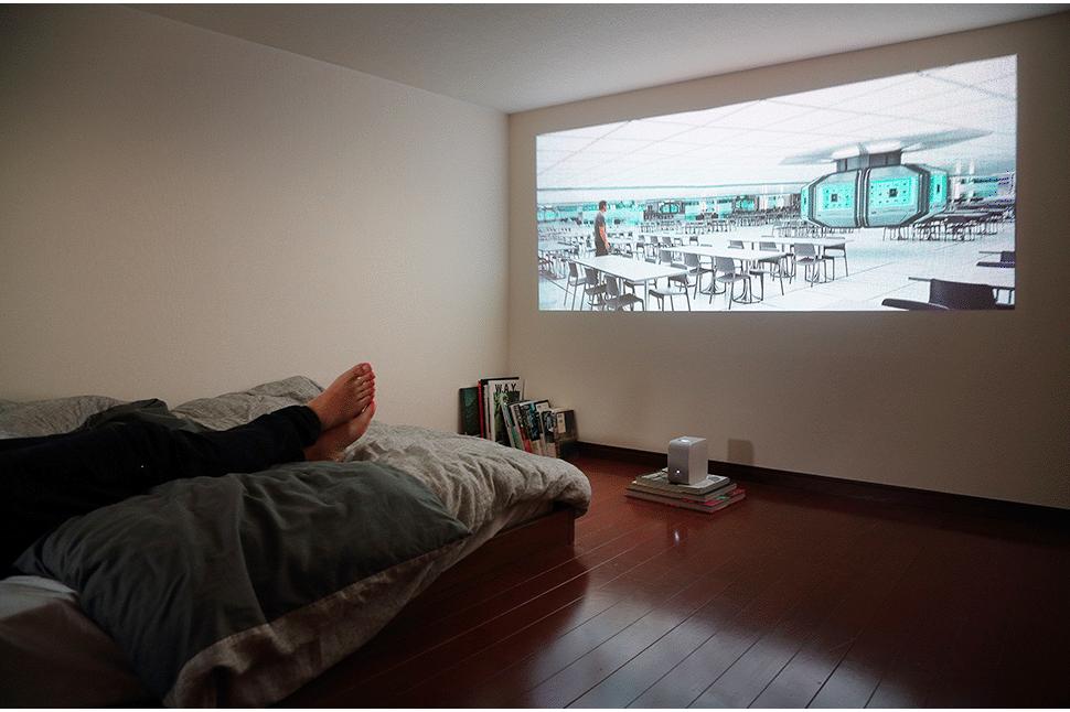 これ一台でホームシアターが始められる ポータブル超短焦点