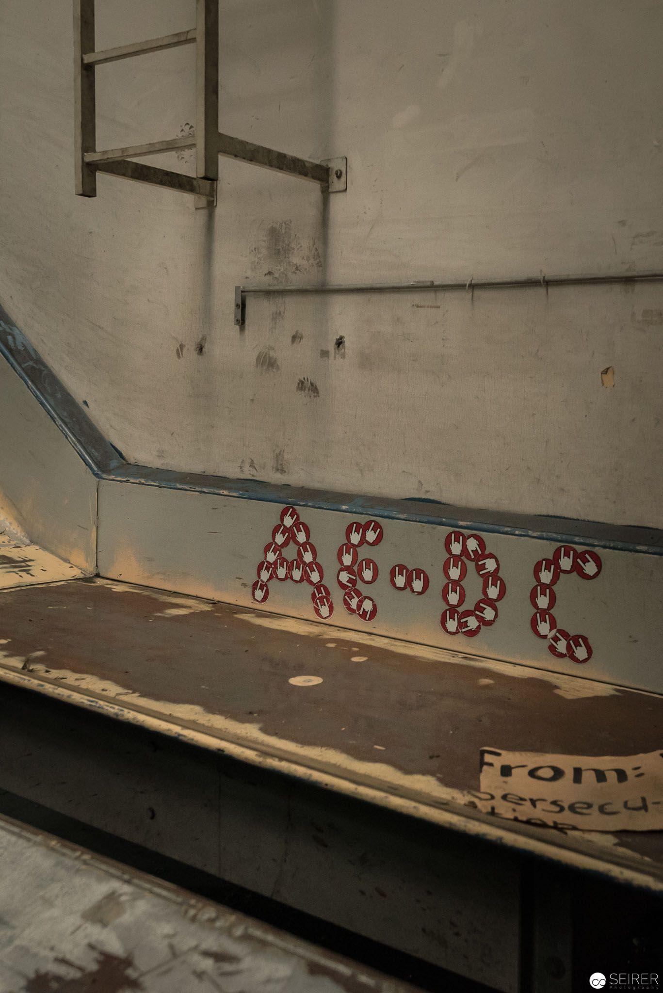 ACDC forevvah! Gefunden im alten Verteilzentrum der