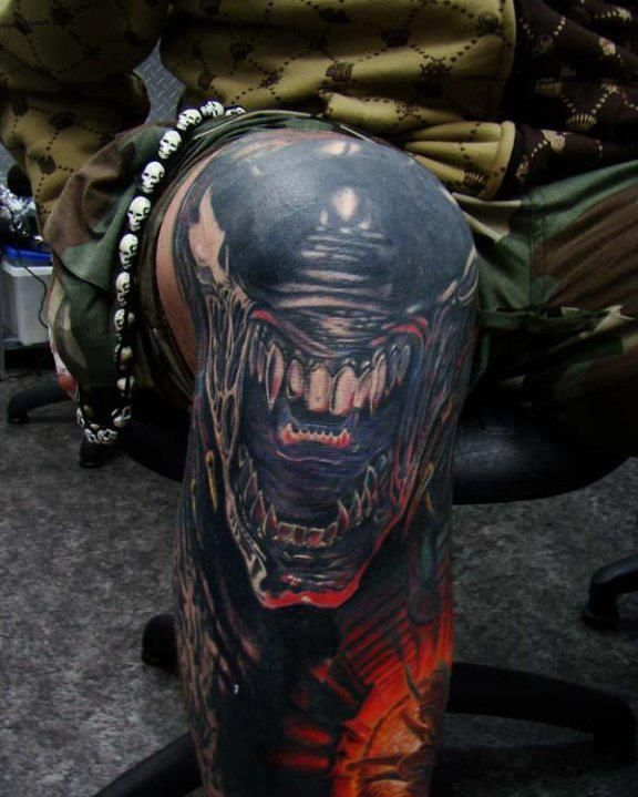 Body Art Below The Knee: Alien Tattoo, Tattoos, Knee Tattoo