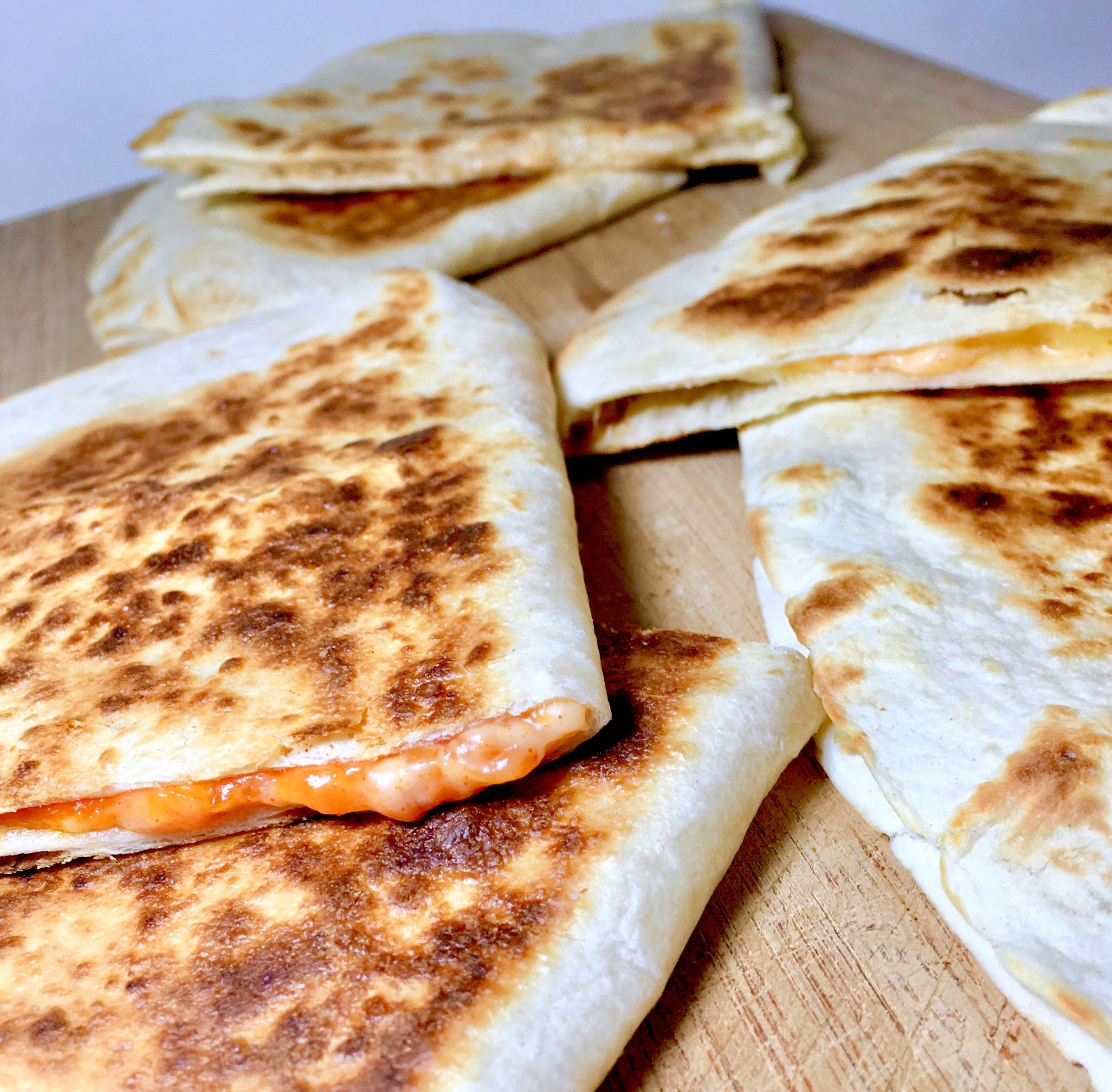 Taco Bell Copycat Vegan Cheese Quesadilla Midnight Munchies More Vegan Cheese Cheese Quesadilla Vegan Taco Bell