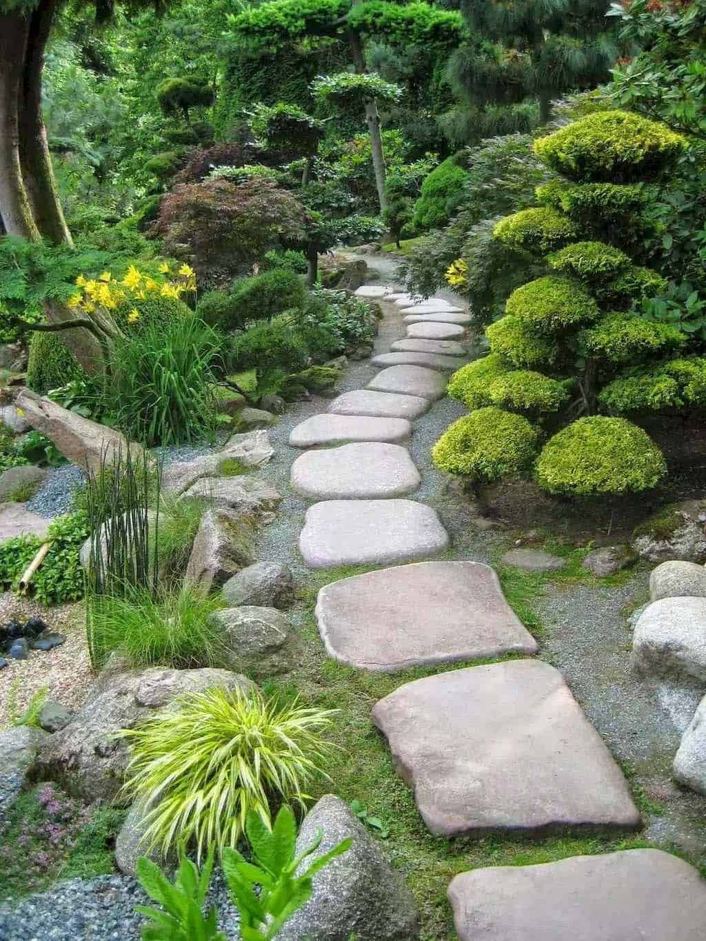 50 Very Creative And Inspiring Garden Stone Pathway Ideas With