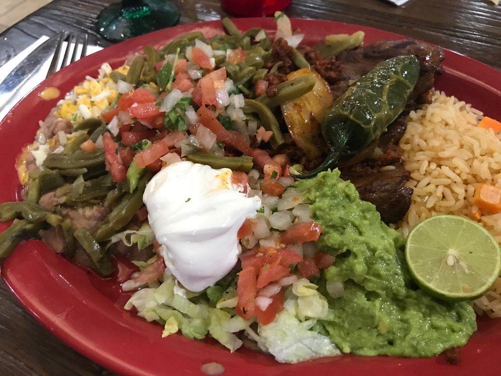 Green iguana st 850 s bluff st mexican food