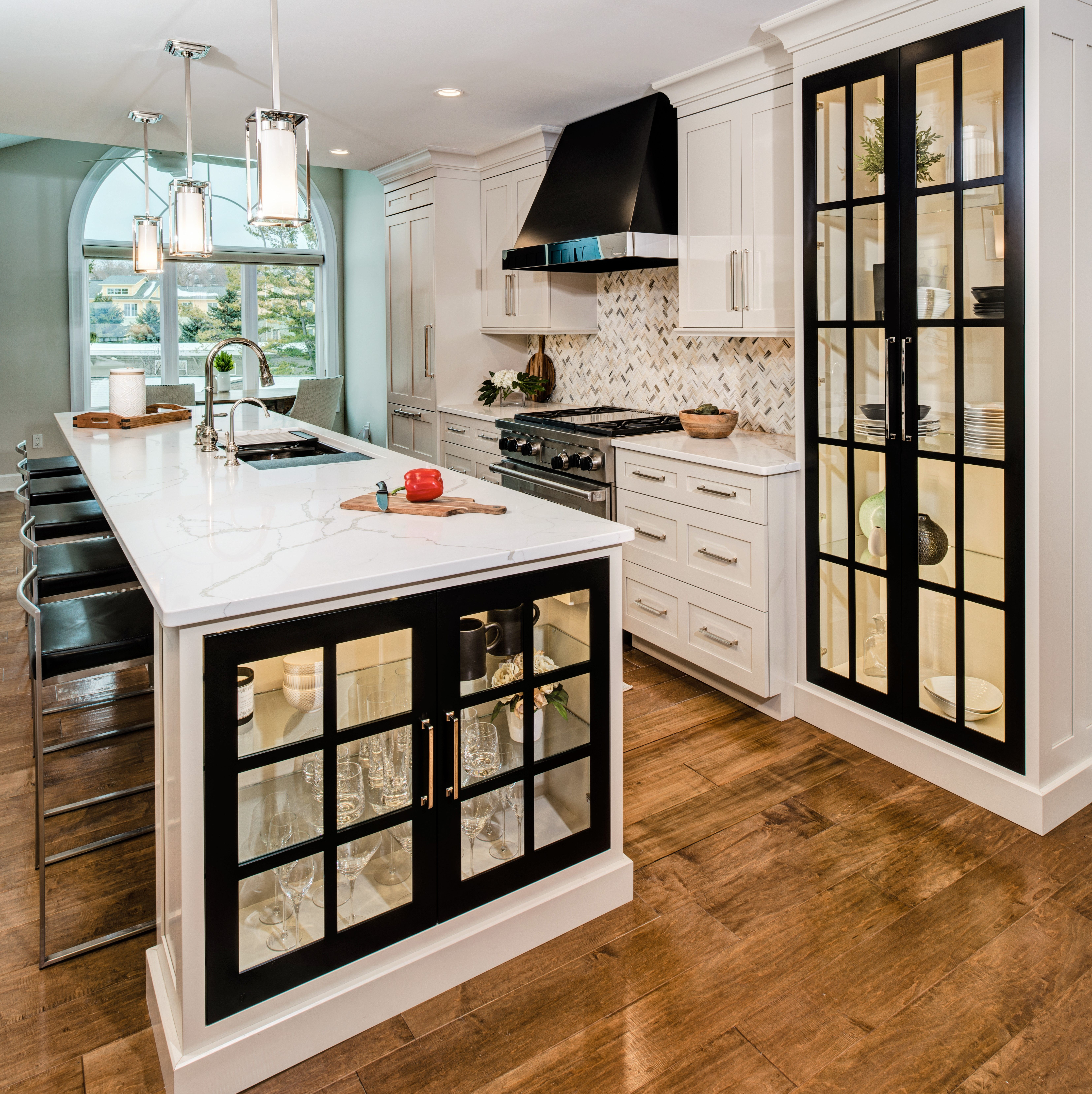 Warm and cozy, yet sleek and modern. This kitchen is a one ...
