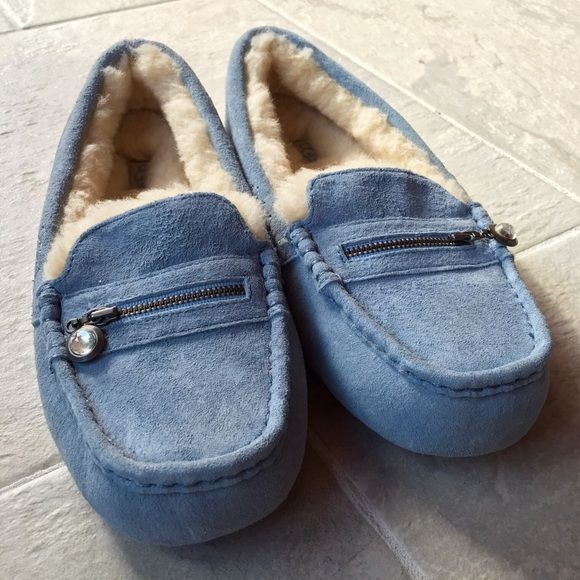 UGG Ansley Diamond Moccasins NEVER BEEN WORN
