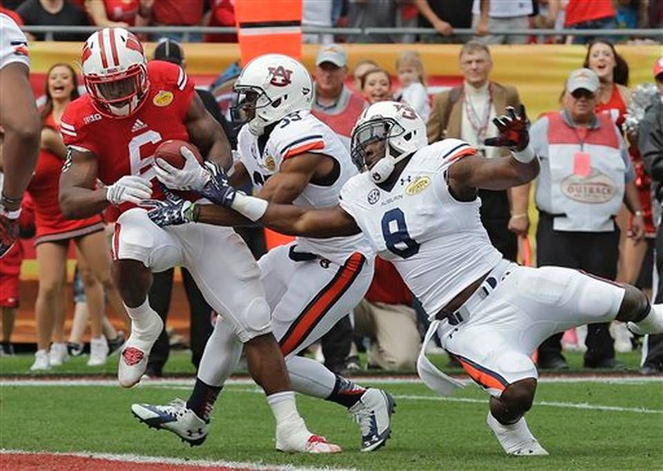 Photo gallery New Year's Day bowl games action (With