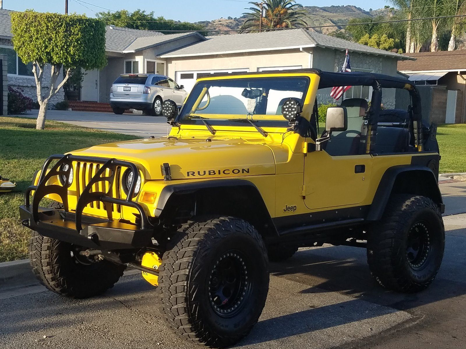 Built For Show 2004 Jeep Wrangler Black Amp Yellow 4 215 4 2004 Jeep Wrangler Jeep Wrangler Jeep