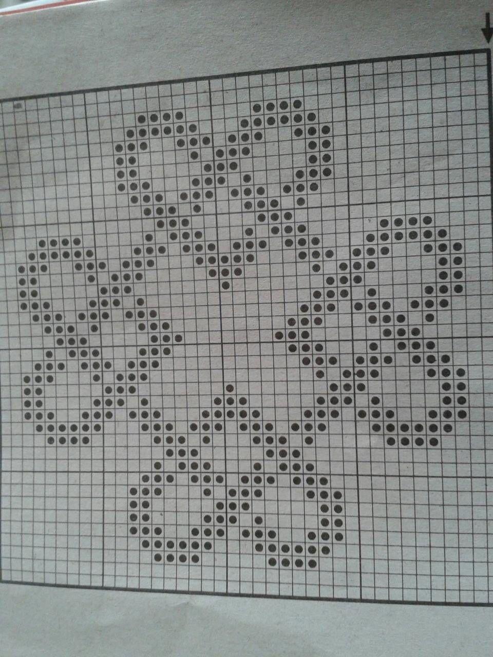 Knitting Heart Chart : Hearts knit fair isle chart free needlepoint