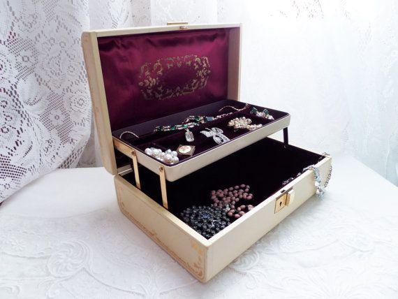 Vintage Farrington Jewelry Box Beige and by GreenleeAndVine
