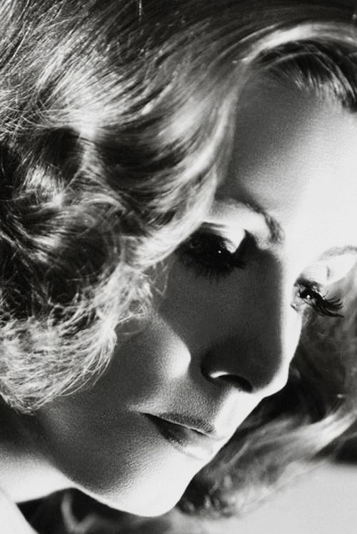 Greta Garbo forThe Painted Veil, 1934 http://www.pinterest.com/bob4563/my-greta-9181905-4151990/