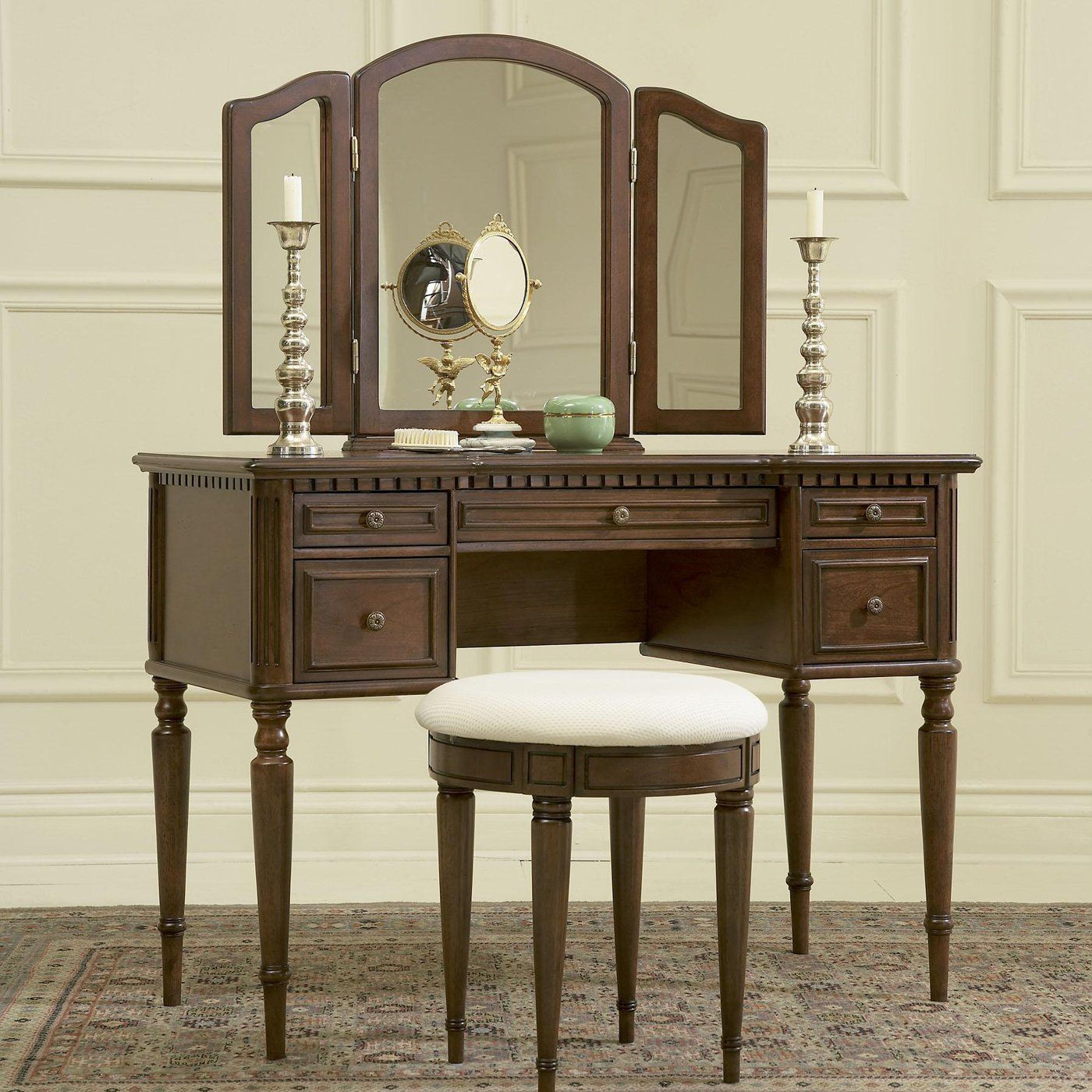 Powell 429 290 warm cherry mirror bench bedroom vanity - Bedroom vanity mirror with lights ...