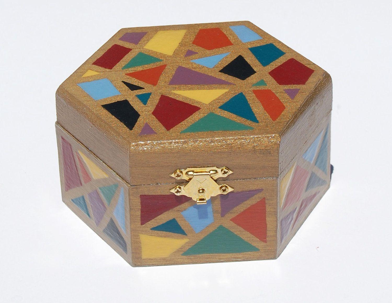 A VINTAGE HANDMADE SMALL MOSAIC WOODEN BOX