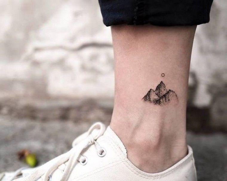Tatouage cheville  petit, délicat et parfait pour l\u0027été. tatouage montagne  tatouage cheville homme