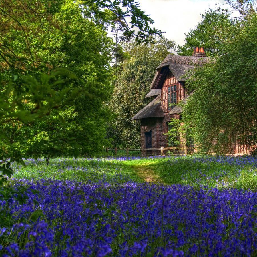 Queen Charlottes Cottage, Kew Gardens