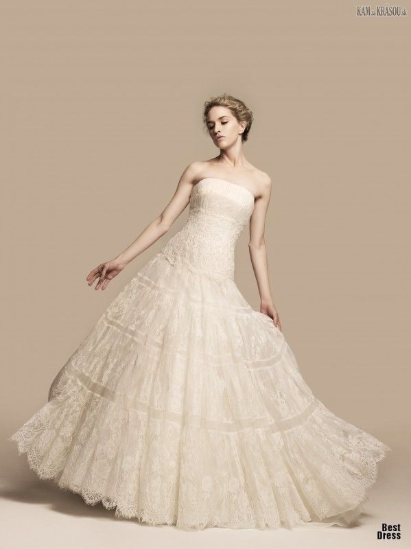 #sexi #love #jeans #clothes #coat #shoes #fashion #style #outfit #heels #bags #treasure #blouses #wedding #weddingdress #weddingday #weddingcelebrationYumi+Katsura+-+pútavá+svadobná+kolekcia+na+jar/letoShinemoda+-+Farba+slonovej+kosti+bude+niečo+pre+vás!