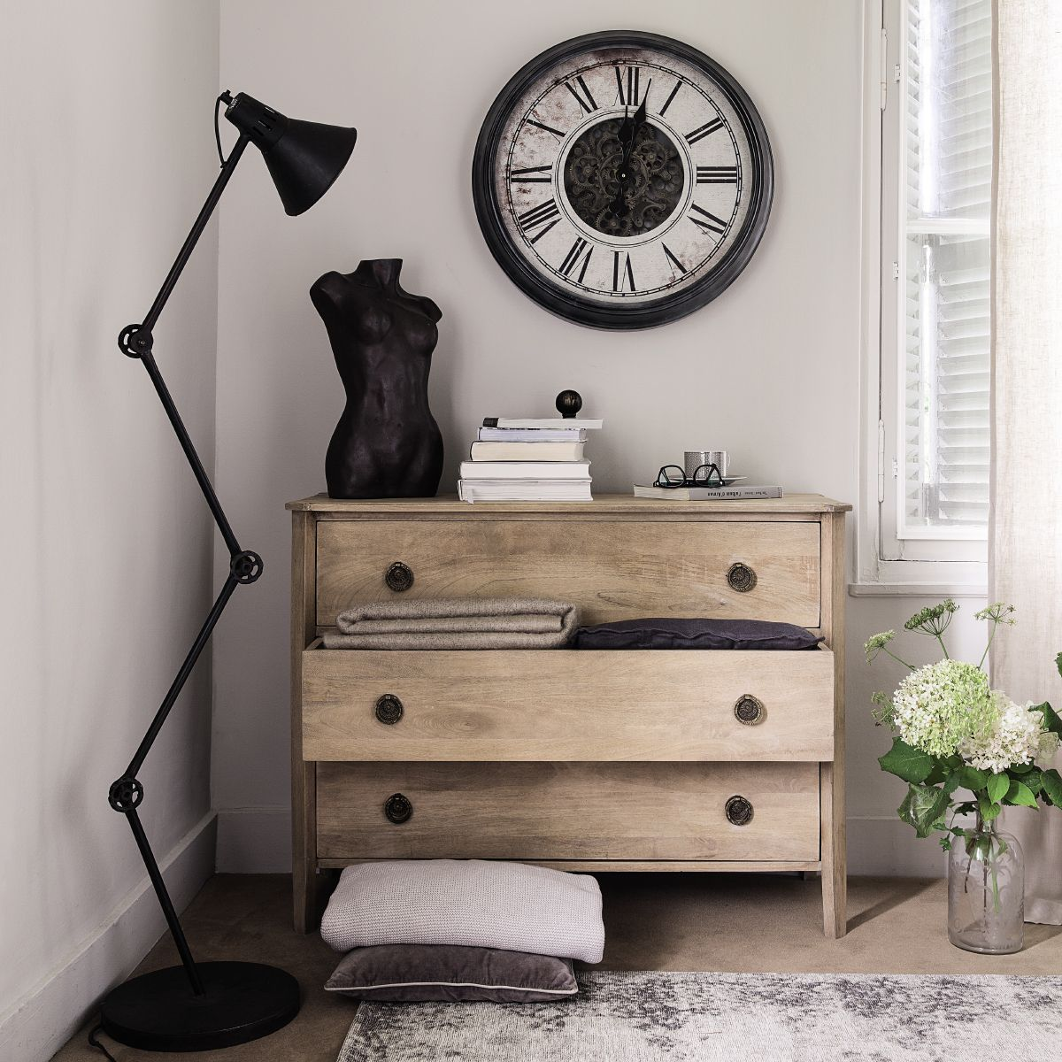 maison du monde catalogue excellent meuble salon maison du monde toulouse photo soufflant. Black Bedroom Furniture Sets. Home Design Ideas