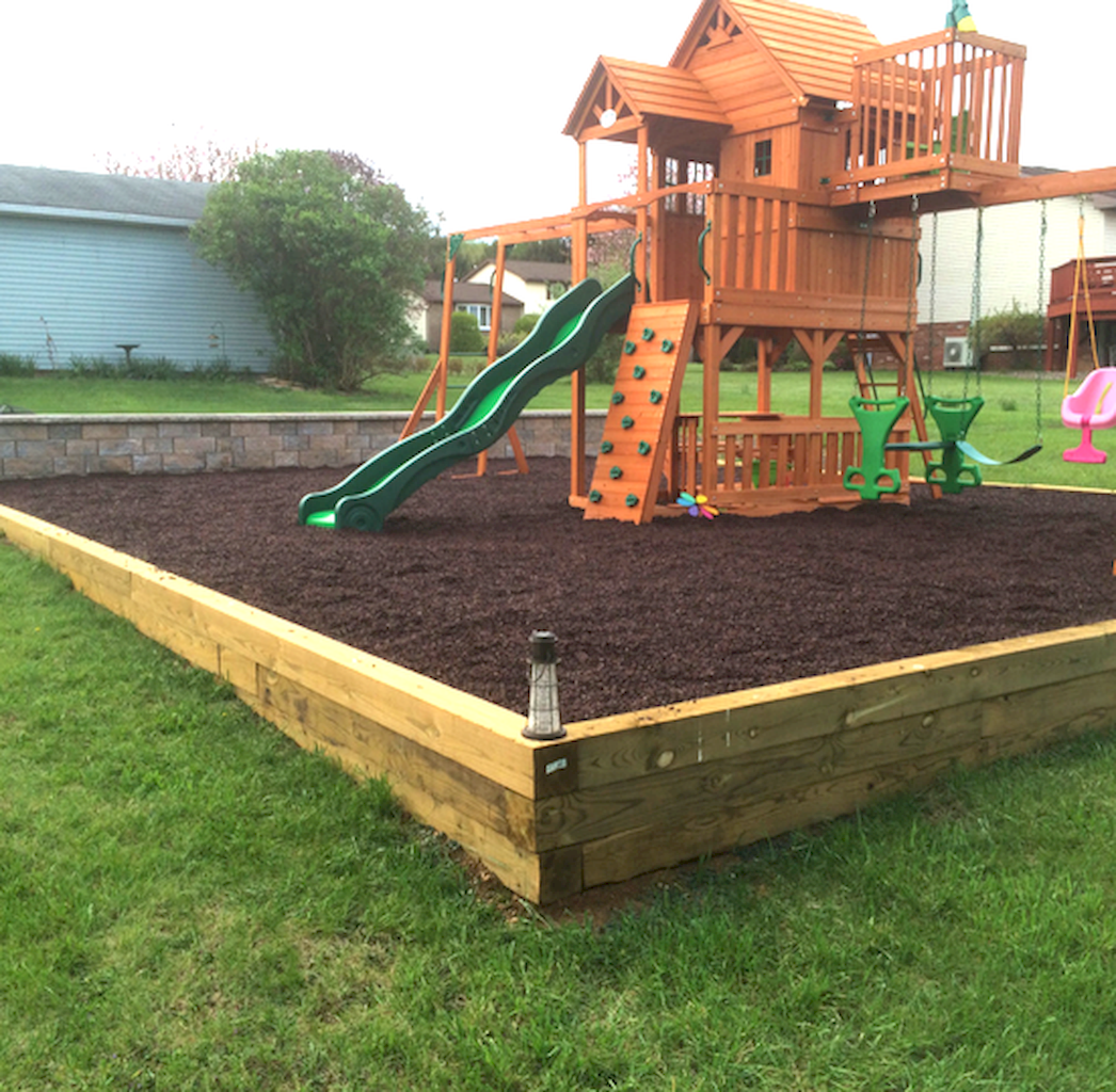 06 awesome small backyard playground landscaping ideas in ...