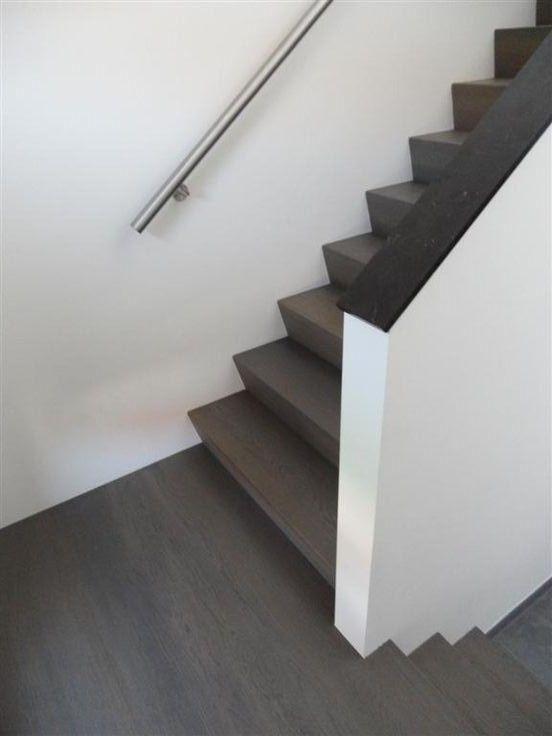 Leuke trap donker leuke open trapwand trap pinterest donker - Schilderen muur trap ...