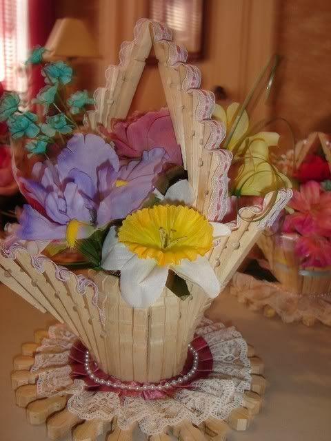 Canastas y servilleteros de pinches de ropa - Hacer manualidades con madera ...