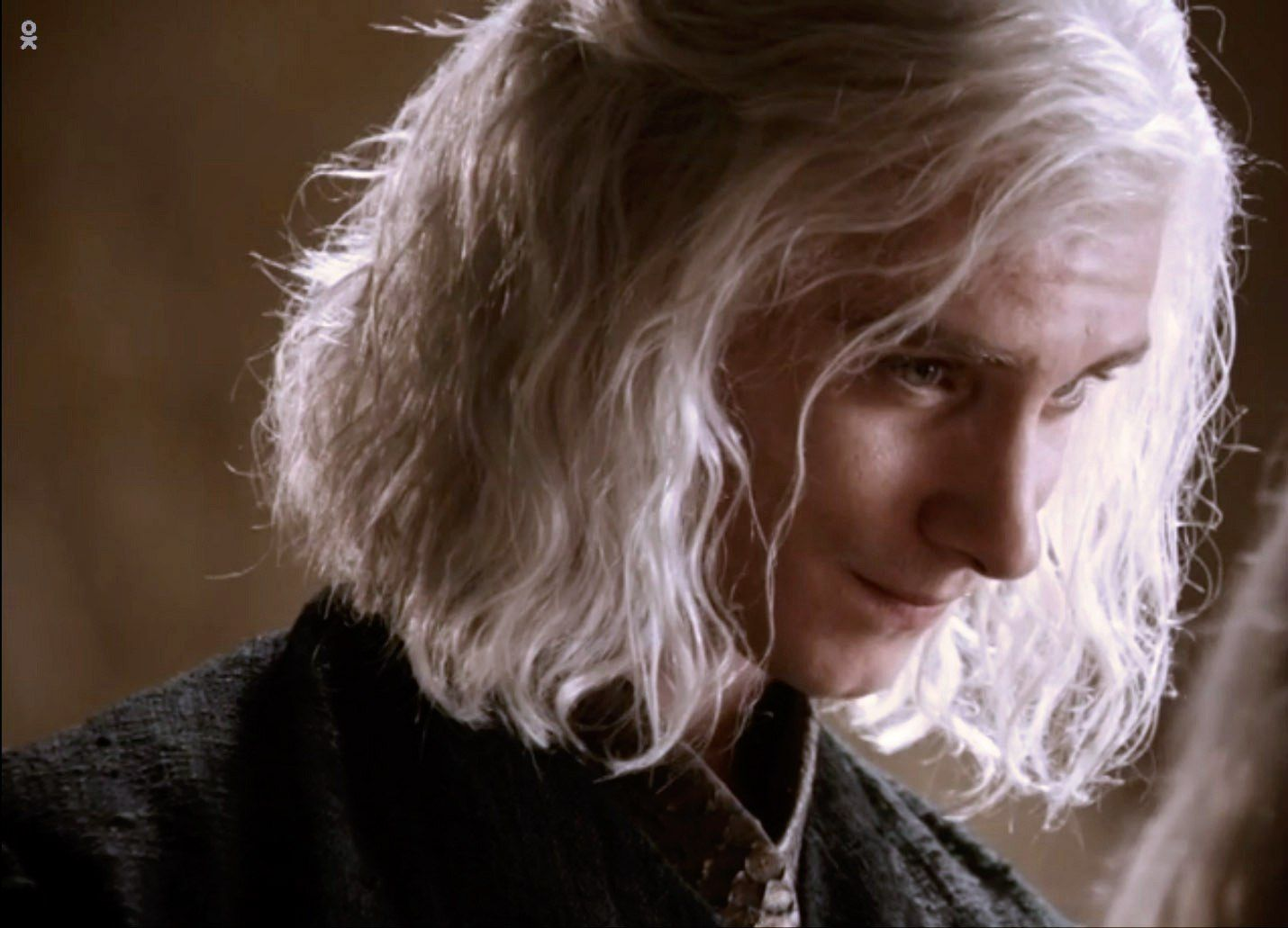 So gorgeous | Viserys Targaryen | Game of thrones characters