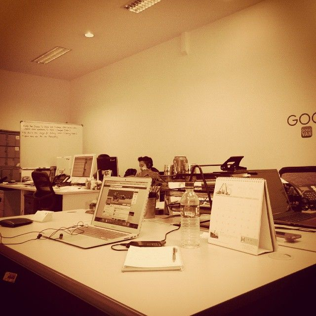 Moving the world with a laptop, and a phone! #Singapore #countonus #startuplife