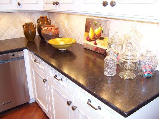 Leathered Antique Brown Granite Kitchen
