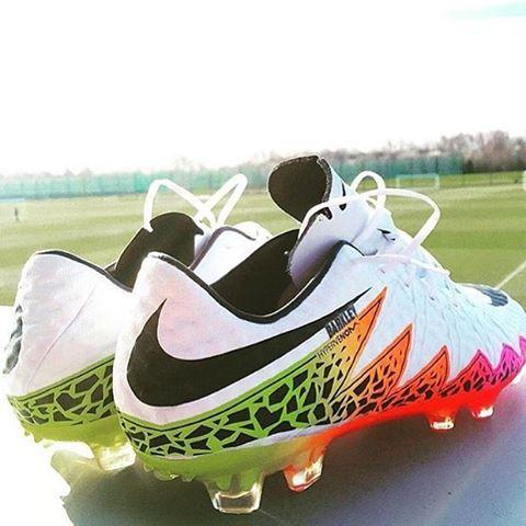 Ver esta foto do Instagram de @soccer_bootz • 3,434 curtidas