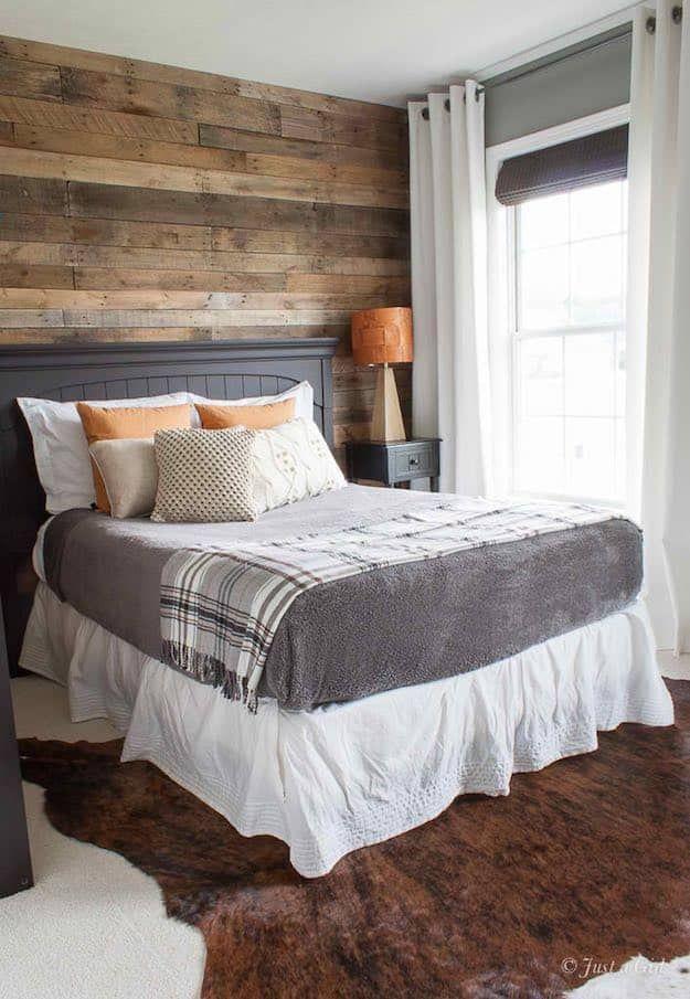 Reclaimed Wood Craft Ideas And Diy Projects Pallet Wall Bedroom Bedroom Wall Bedroom Headboard