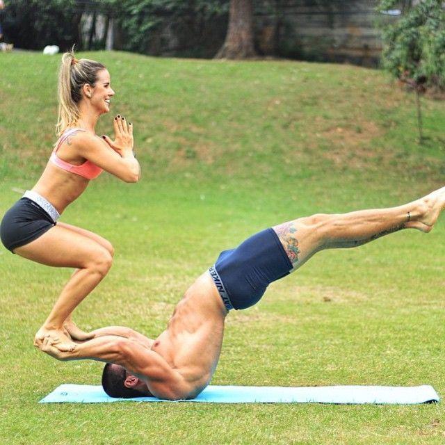 Welcome To Igfitcouples On Instagram Le Teixeira Vivi Personaltrainer Couples Yoga Couples Yoga Poses Acro Yoga