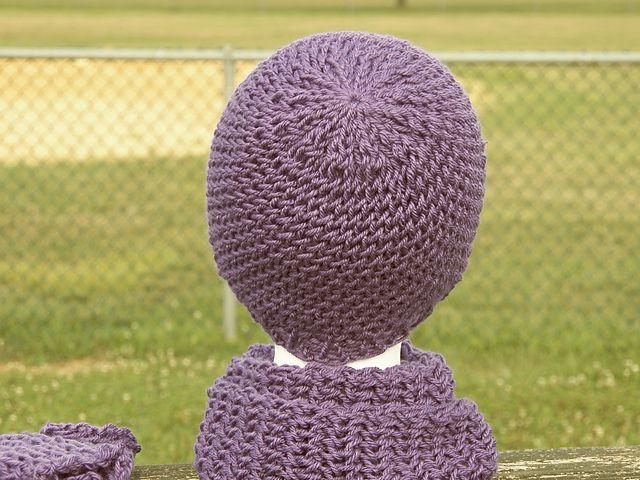 Ravelry: Figure 8 Cap (Loom Knit) pattern by Heather Dellinger ...