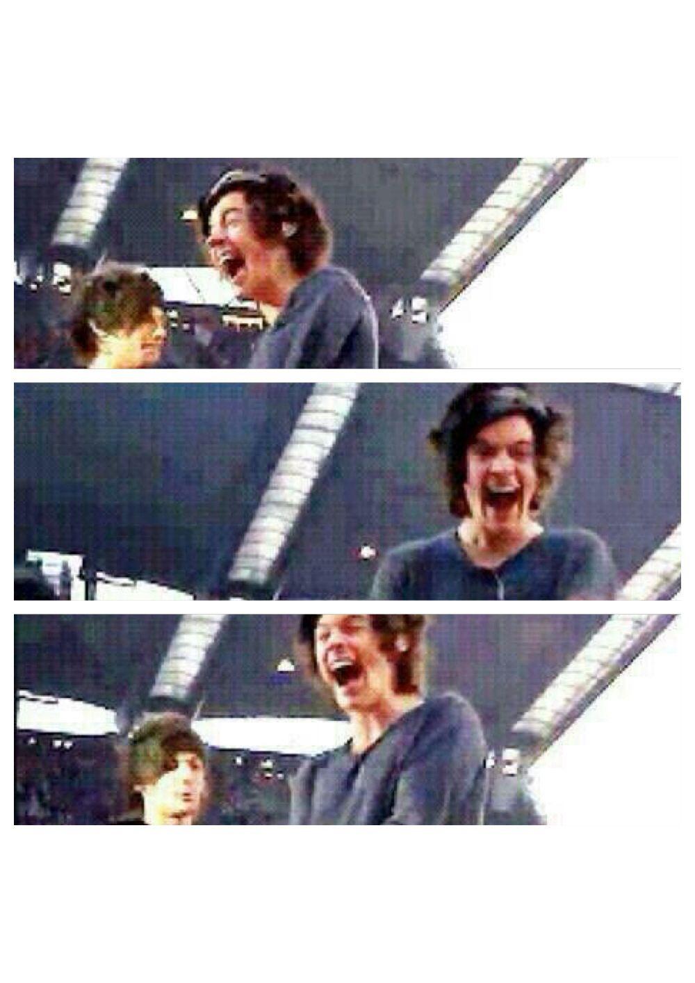 Harry's face when he saw a fan with a bushel of bananas.