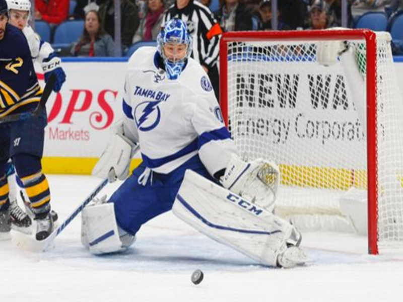 The Tampa Bay Lighting Traded Goalie Ben Bishop And A Draft Pick To The Los Angeles Kings For G Peter Budaj D Tampa Bay Lightning Tampa Bay Tampa Bay Lighting