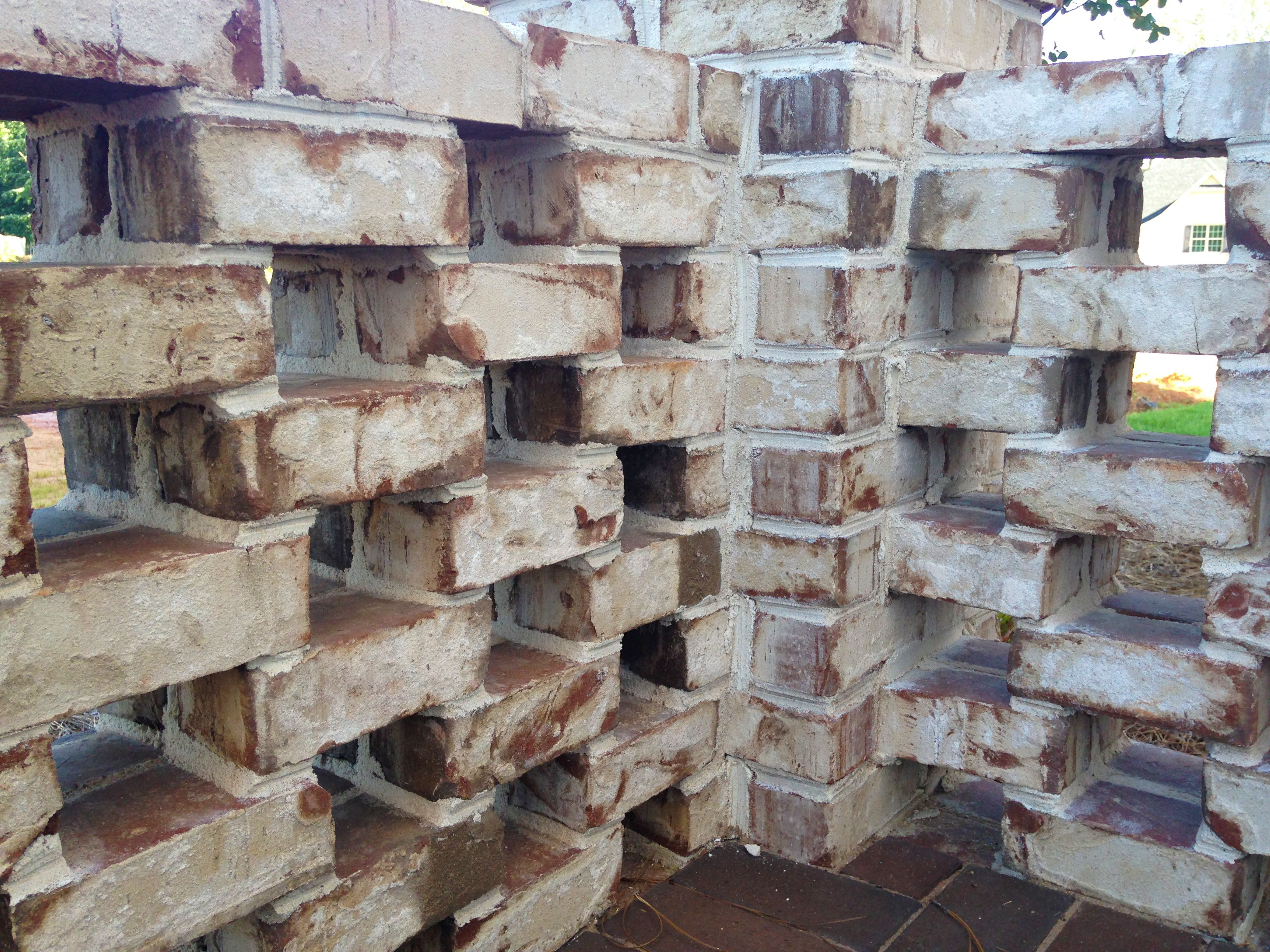 A Lattice Wall Made Of Pine Hall Bricku0027s Oyster Pearl Brick Mixed With  White Sand And