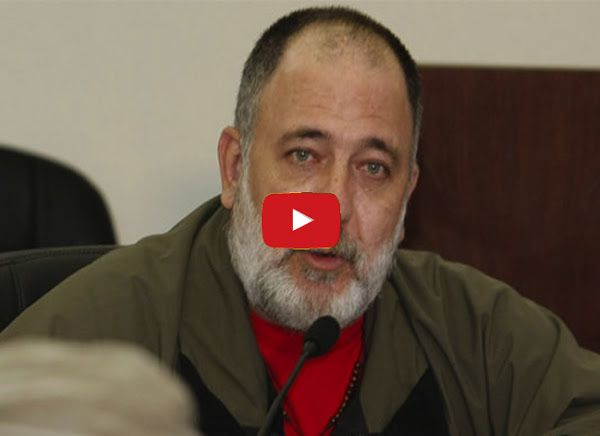 Mario Silva le envía un mensaje a Tania Diaz Mario Silva informó que la diputada Tania Diaz se robó los reales de Venzolana de Televisión junto al hermano de Jorge Arreaza Gustavo Arreaza y... http://www.facebook.com/pages/p/584631925064466