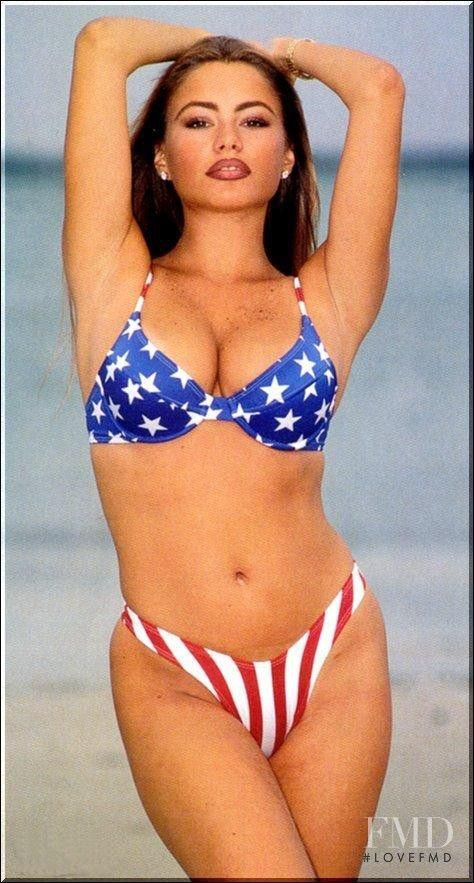 925ef80104aa9 sofia vergara young - Google Search | punisha | Sofia vergara bikini ...