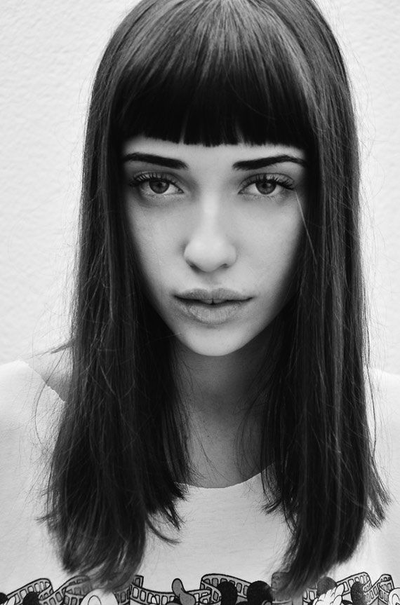 Great Blunt Heavy Bangs With Long Straight Black Hair Hairstyles With Bangs Blunt Bangs Hairstyles Hairstyle