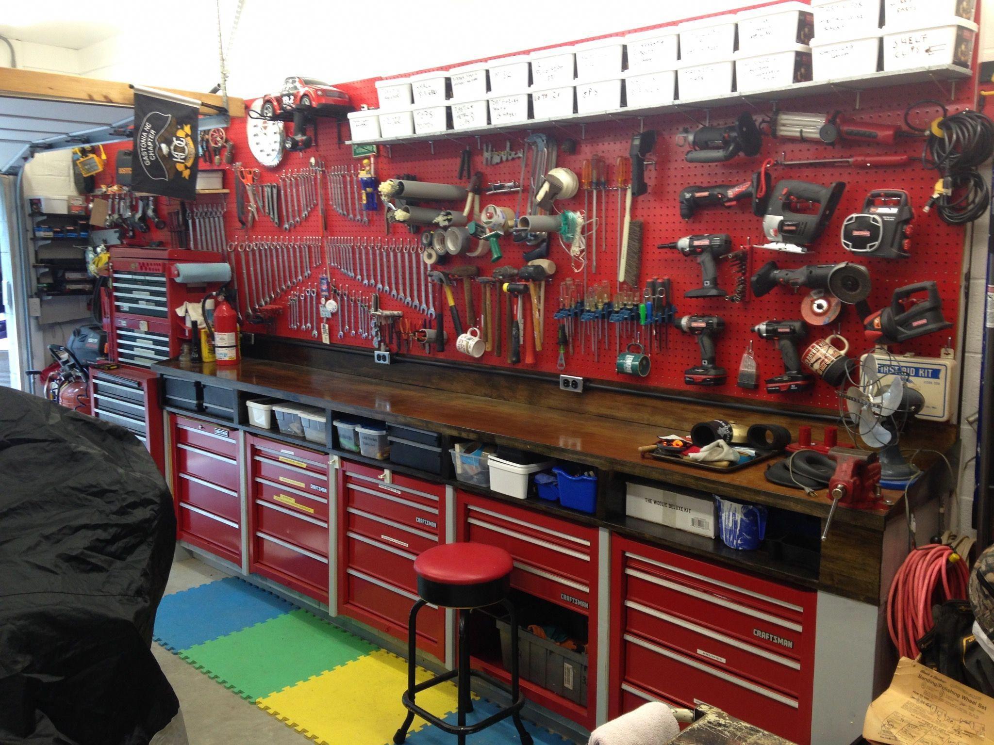 red garage bricolagemaison materielbricolage on inspiring diy garage storage design ideas on a budget to maximize your garage id=87984